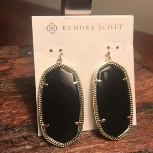 NWT Kendra Scott Danielle Gold Earrings in Black!!